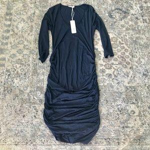 NWT Ingrid & Isabel 3/4 Sleeve Maternity Dress